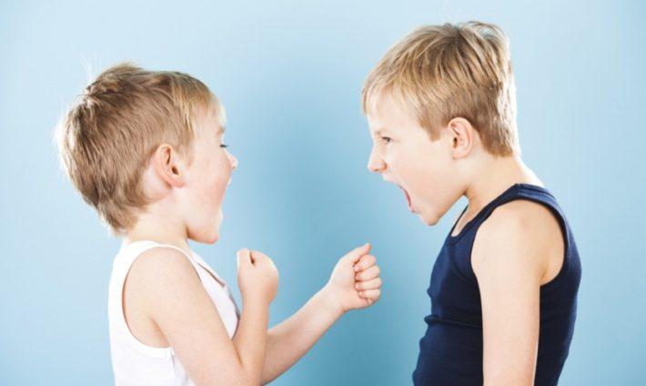 Съперничество между децата. Защо се случва и как да се справим ?